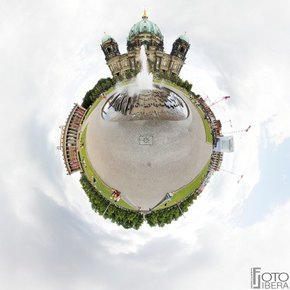 Berlino-Berliner-Dom-Planet.jpg