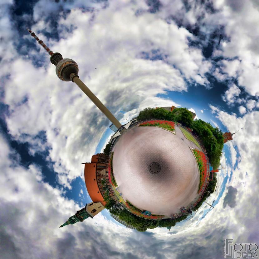 MG_0001-Panorama21300px.jpg