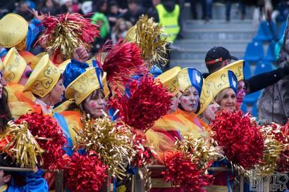 Carnevale-di-Viareggio-2016-11.jpg