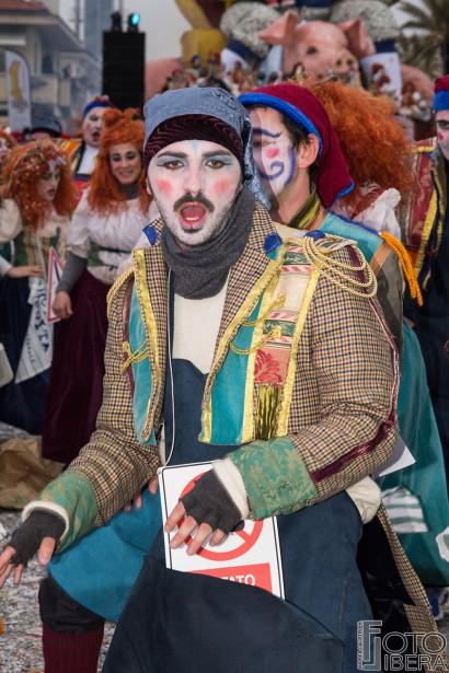 Carnevale-di-Viareggio-2016-110.jpg
