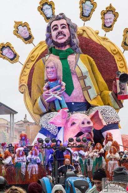 Carnevale-di-Viareggio-2016-118.jpg
