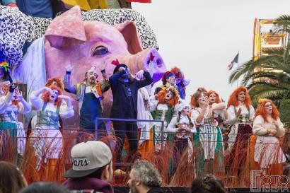 Carnevale-di-Viareggio-2016-119.jpg