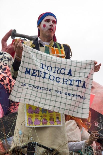 Carnevale-di-Viareggio-2016-120.jpg