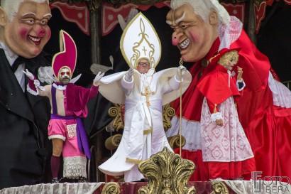 Carnevale-di-Viareggio-2016-34.jpg