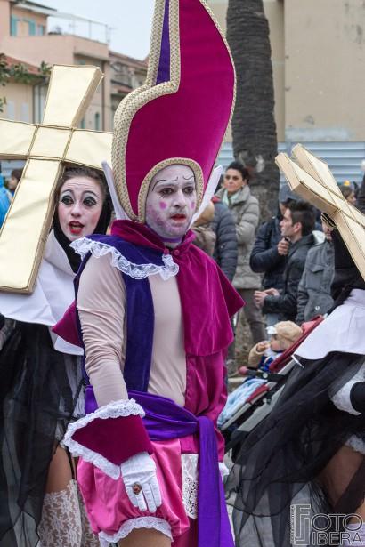 Carnevale-di-Viareggio-2016-35.jpg