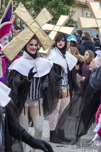 Carnevale-di-Viareggio-2016-36.jpg
