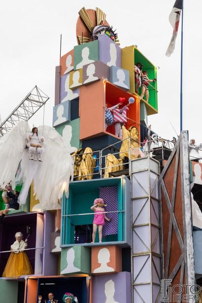 Carnevale-di-Viareggio-2016-4.jpg