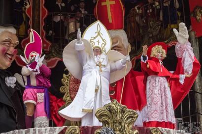 Carnevale-di-Viareggio-2016-41.jpg