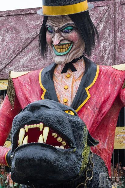 Carnevale-di-Viareggio-2016-49.jpg