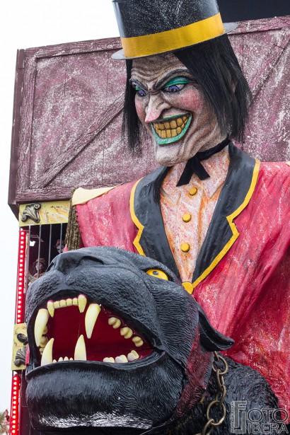 Carnevale-di-Viareggio-2016-50.jpg