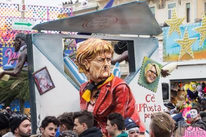 Carnevale-di-Viareggio-2016-53.jpg