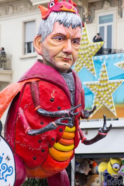 Carnevale-di-Viareggio-2016-58.jpg