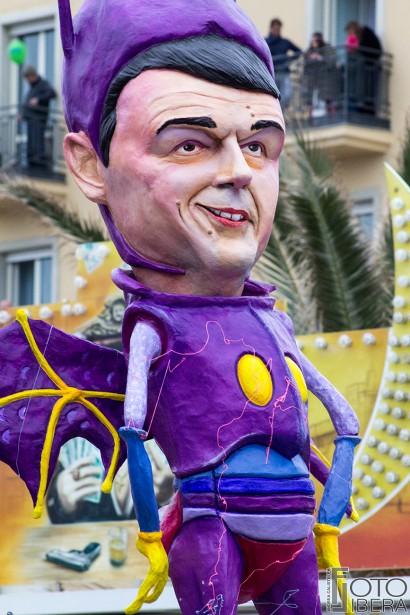 Carnevale-di-Viareggio-2016-59.jpg