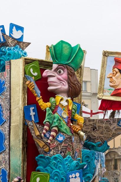 Carnevale-di-Viareggio-2016-7.jpg