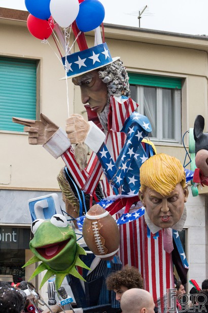 Carnevale-di-Viareggio-2016-72.jpg