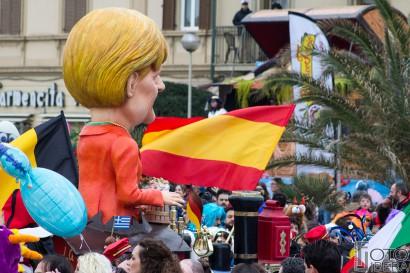 Carnevale-di-Viareggio-2016-9.jpg